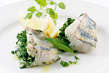 Fillet of zander with fresh herbs