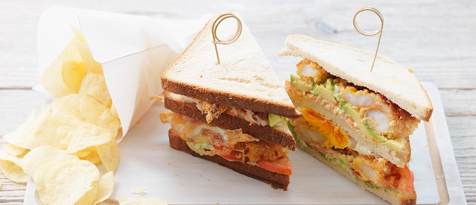 Club sandwich with crispy prawns