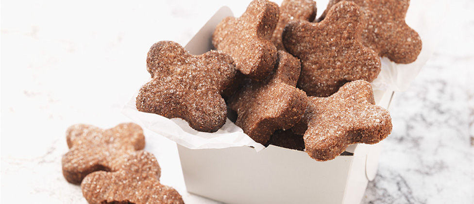 Brunsli (chocolate almond spice cookies)