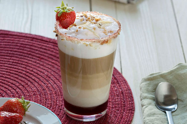 Hot_Strawberry_Latte_Macchiato_hero_web.jpg